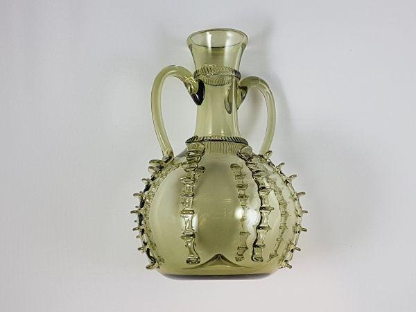 Kleine Hochzeitskaraffe 13. - 19. Jahrhundert